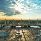 Yoga Sun Salutation sulla terrazza della HTM Hybrid Tower | 2night Eventi Venezia