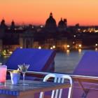 Cocktail al tramonto allo Skyline Rooftop Bar | 2night Eventi Venezia