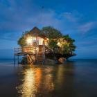 I 10 ristoranti più strani al mondo: per mangiare completamente nudi o su una roccia in mezzo al mare. | 2night Eventi