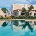 Imperdibile offerta Last Minute Maggio al Leonardo Trulli Resort di Locorotondo   2night Eventi Bari