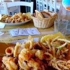Frittura di pesce e sere d'estate, 10 ristoranti dove il connubio tocca la perfezione | 2night Eventi