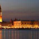 Ci presentiamo: noi siamo 2night Venezia e facebook | 2night Eventi Venezia