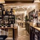 La degustazione dei più buoni vini della Cantina Ferrari da Pepe Nero Bistrot | 2night Eventi Venezia
