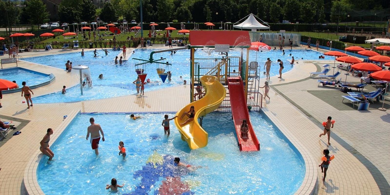 Le piscine all 39 aperto a treviso e provincia for Conca verde piscine