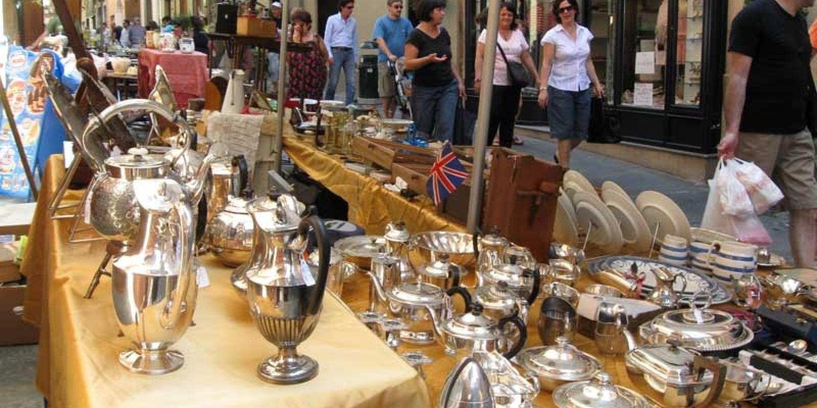 Tutti gli indirizzi dei mercatini vintage a napoli - Mercatini vintage veneto ...