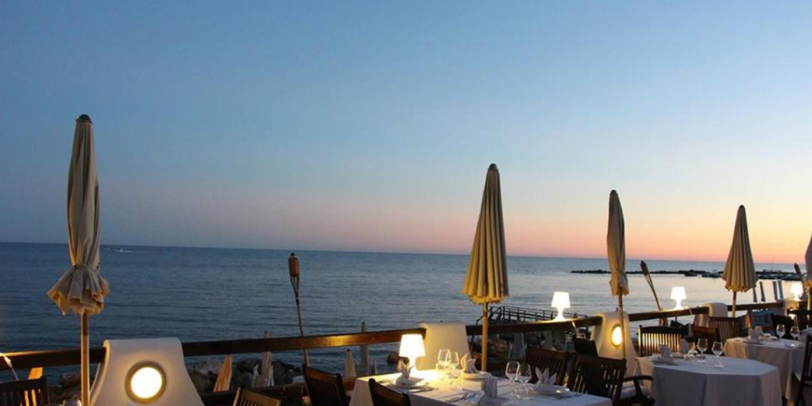 Matrimonio Sul Litorale Romano : I migliori ristoranti sul mare di roma dove mangiare