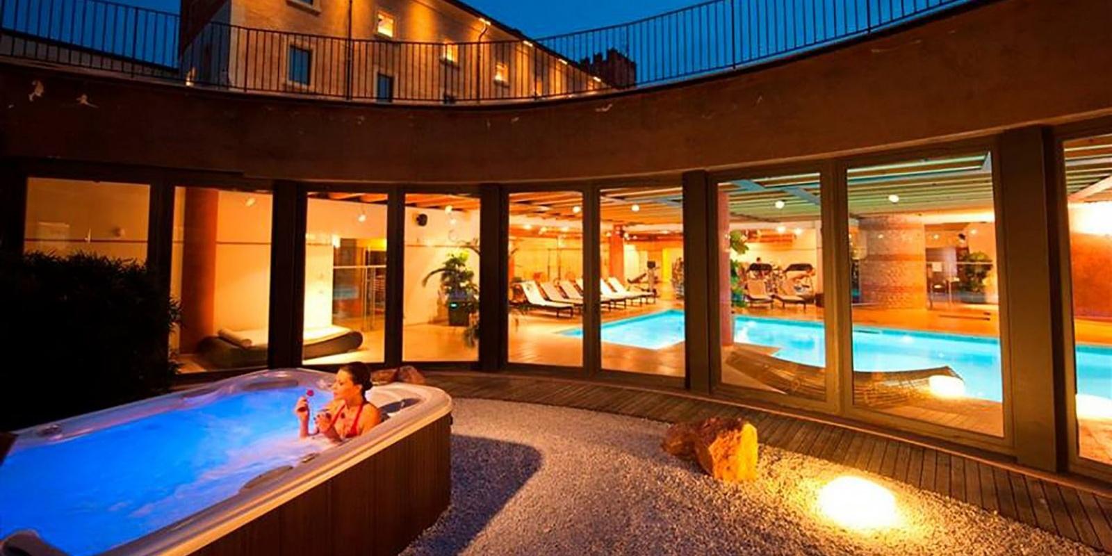 Hotel con spa e ristorante per una fuga d amore a verona for Hotel ortigia con spa