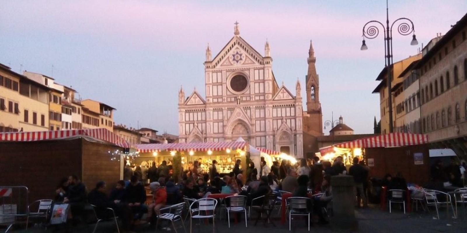 I mercatini di natale pi belli della toscana dove for Mercatini antiquariato toscana