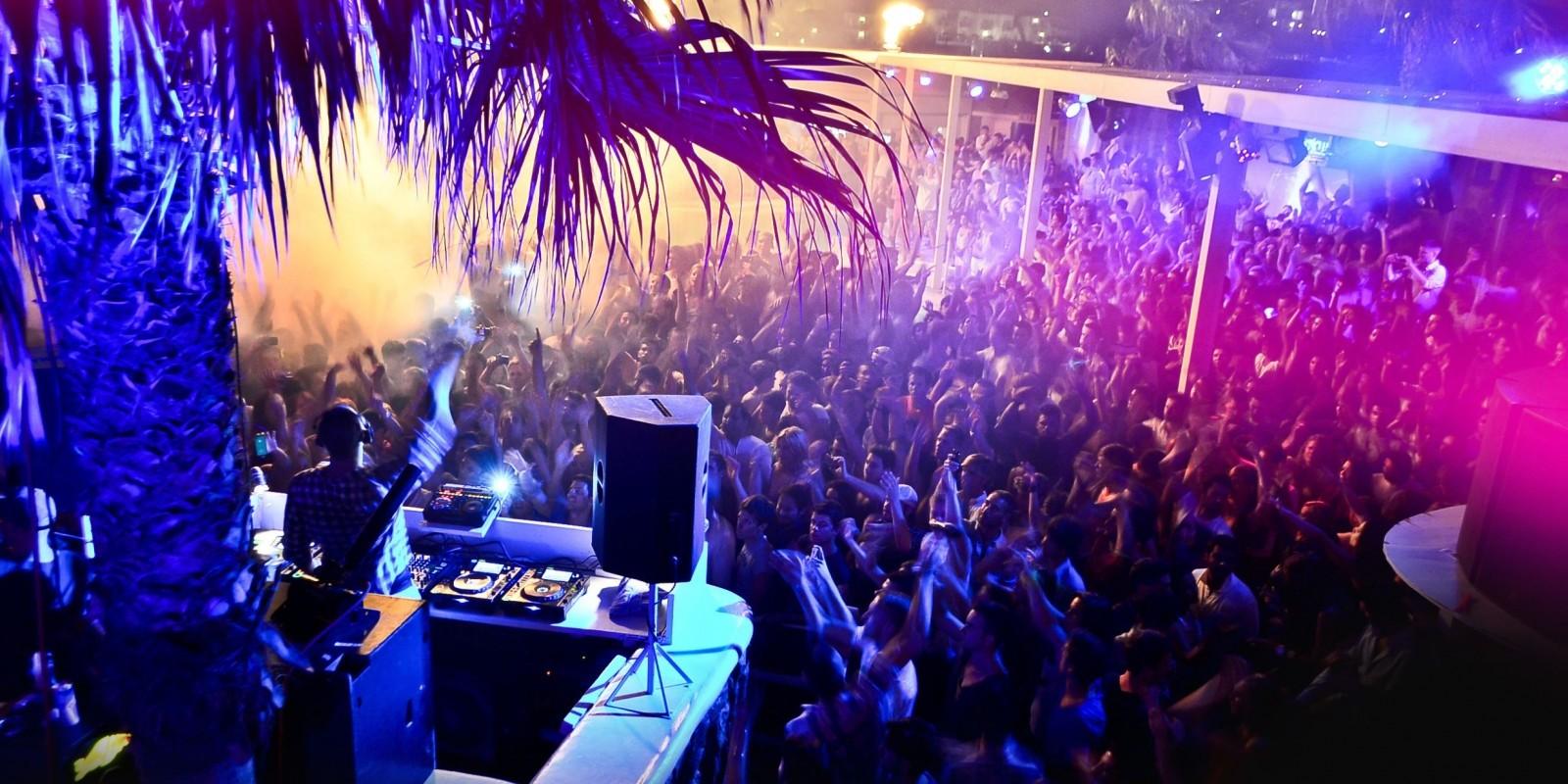 Le discoteche all 39 aperto per l 39 estate a roma for Ibiza ristorante milano