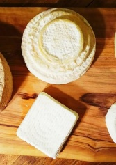 Il Paradiso Dei Cheese Lovers: Dove Gustare Formaggi Pregiati A Roma | 2night Eventi