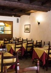 'bollicine A Confronto' La Nuova Cena Degustazione Da Hostaria Da Isidoro Al Colosseo | 2night Eventi Roma