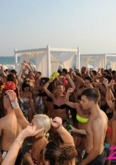 Primo Maggio Allo Zeus Beach | 2night Eventi Lecce