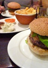 Dove Mangiare Un Ottimo Hamburger A Triggiano | 2night Eventi Bari