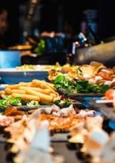 7 Locali Dove Fare Aperitivo A Buffet (e Senza Ritegno) A Padova | 2night Eventi Padova