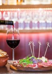 Voglia Di Un Aperiti-vino? I 9 Posti In Salento In Cui L'happy Hour Si Beve Dal Calice! | 2night Eventi Lecce