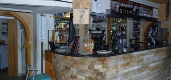  Faros Cafè& Beer, nel centro della movida barese