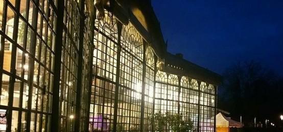 L'aperitivo ed il Concerto sotto l'Albero dai mille colori alla Serra dei Giardini