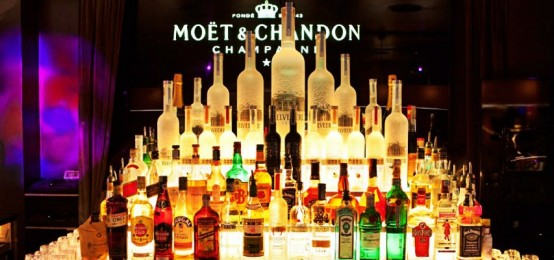 Candyland il venerdì dell'11 Clubroom