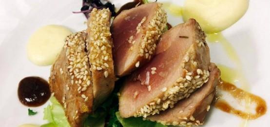 Un secondo piatto di tonno tutto da provare al Pepe Nero Bistrot