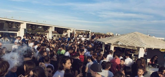 Party della domenica al Blanco Beach Club