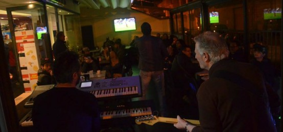 Happy Hour al Bar Mezzaluna City