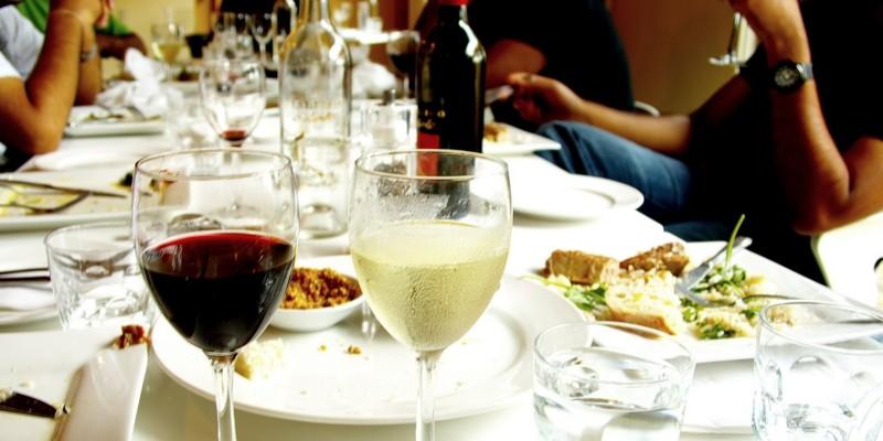 Pausa pranzo in centro a Firenze, panini e insalatone per affrontare l'estate con leggerezza