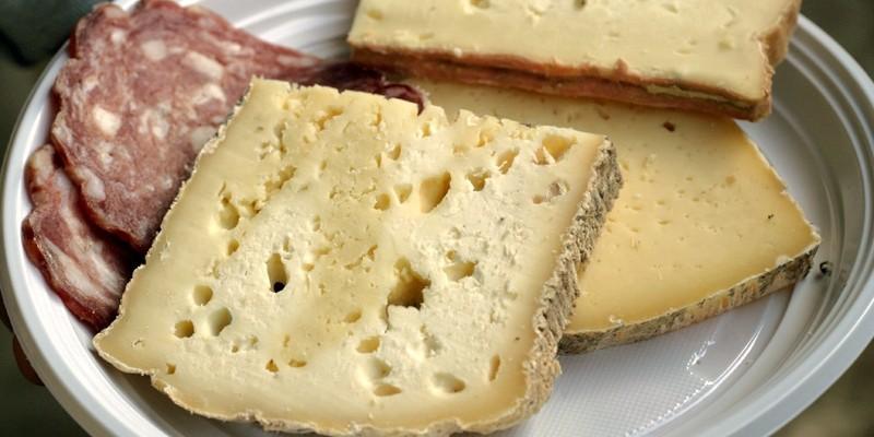 Sono 8 e sono DOP: ecco i formaggi veneti che ci invidia il resto del mondo.
