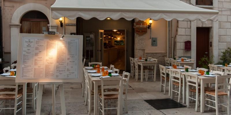 I miei locali preferiti dove mangiare i ricci di mare a Bari e in provincia