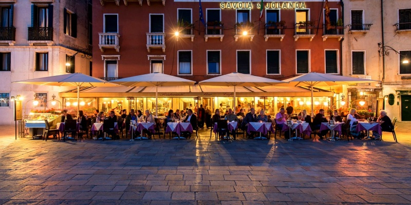 Le cene all'aperto da non perdere in questa fine d'estate a Venezia