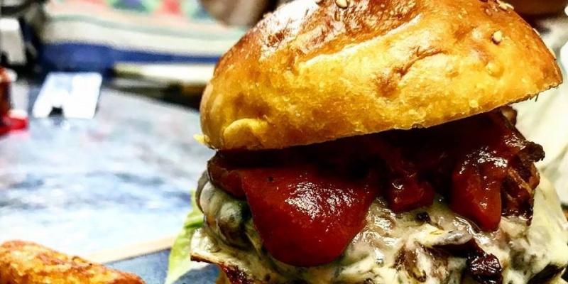 Il giovedì è Hamburger Party alla Brasserie