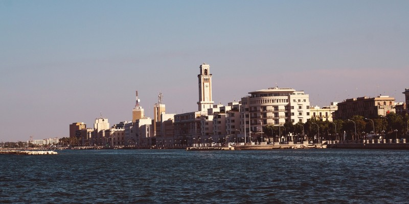 8 panemmerda per fare street food a Bari