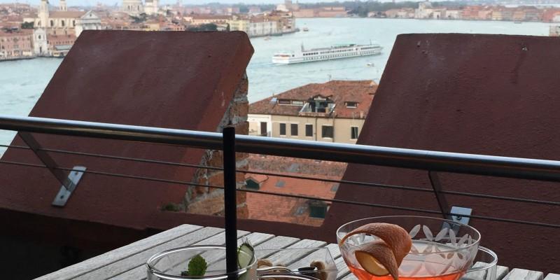 Skyline Rooftop Bar: il luogo ideale per gli amanti dell'esclusivo ad alta quota!