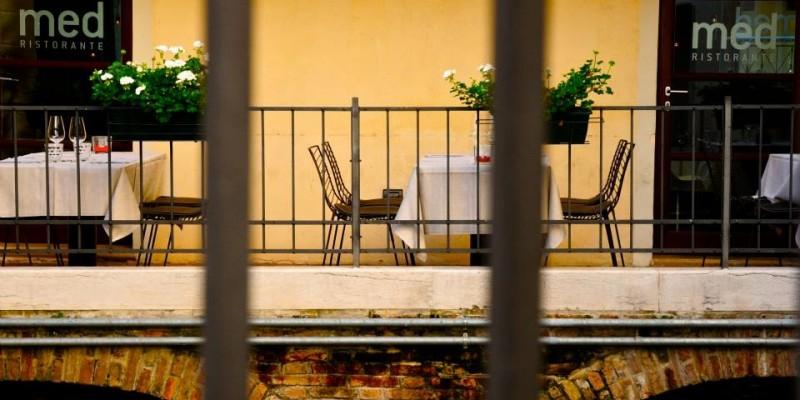 Un locale dalla doppia anima: ecco perché andare al Med, il ristorante che è un po' anche osteria nel cuore di Treviso