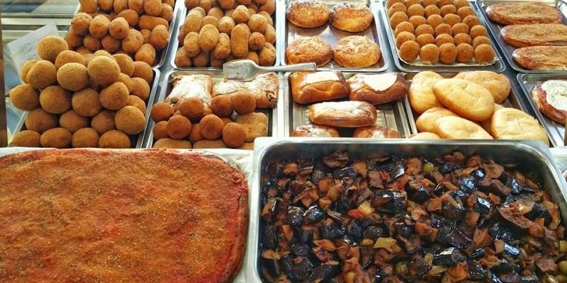 Arancine, cannoli e parmigiana: dove mangiare il meglio della Sicilia in Veneto.