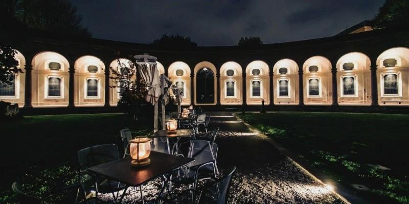 Dove fare l'aperitivo nei palazzi storici di Milano