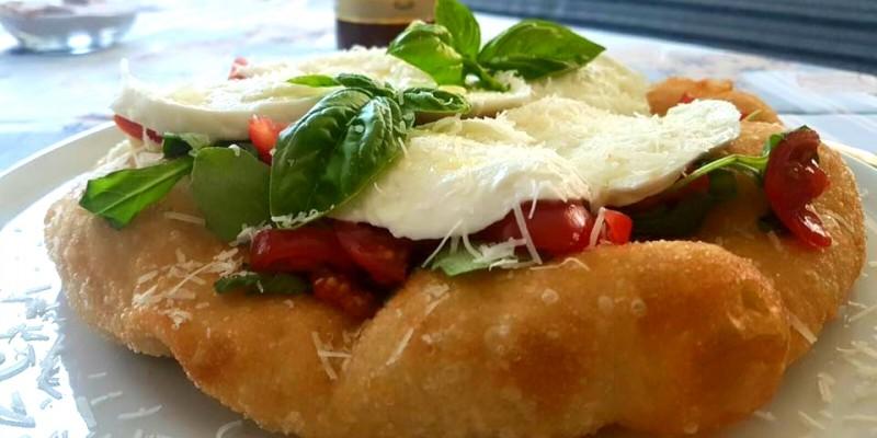 Ecco 7 pizzerie di Treviso e dintorni dove mangiare la pizza napoletana, quella con il cornicione