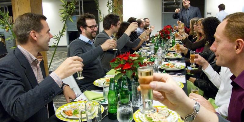 Cena di Natale con colleghi: 5 proposte per sorprendere anche il capo