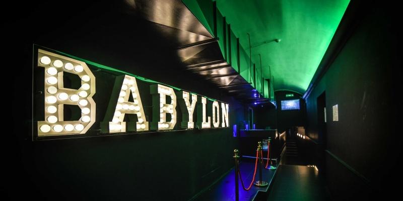 Gli appuntamenti dancing del fine settimana al Babylon dal 22 al 24 marzo