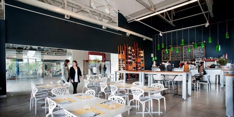Cinema più cena: 5 ristoranti a Milano dove mangiare prima o dopo lo spettacolo