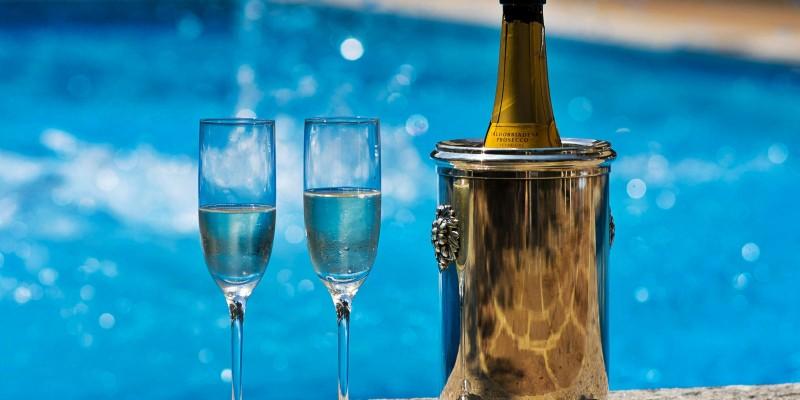 Dove bere l'aperitivo in piscina a Mestre, Venezia e dintorni