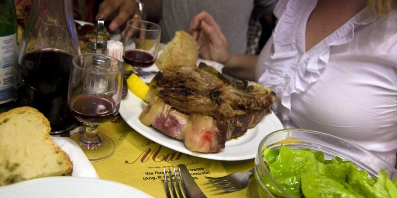 Voglia di una vera bistecca alla Fiorentina? I locali di Firenze che devi conoscere