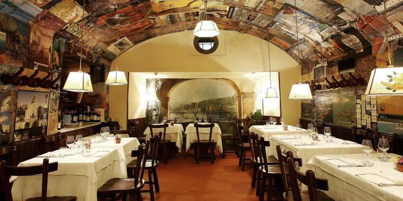 Alla scoperta di 7 'buche' storiche nel centro di Firenze