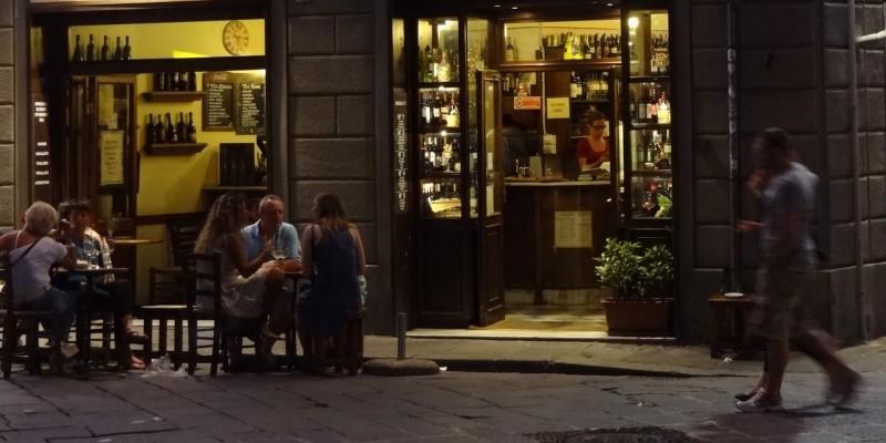 I locali dove fare after a Firenze, dalla pizza alla musica live non c'è limite d'orario