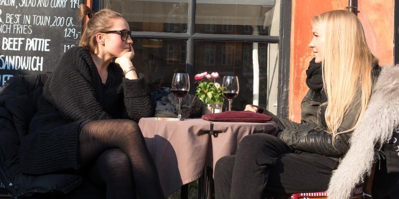 Uomini a casa, donne a rapporto: proposte per un'uscita con le amiche a Firenze in stile Sex and the city