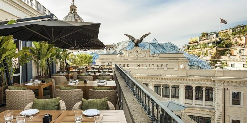 Rooftop bar, 7 aperitivi con vista e (tanta) Dolce Vita