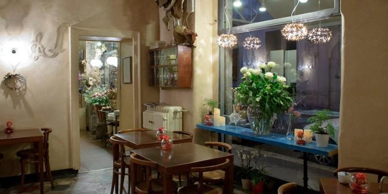 I migliori posti a Milano dove oltre a fare l'aperitivo compri anche i fiori