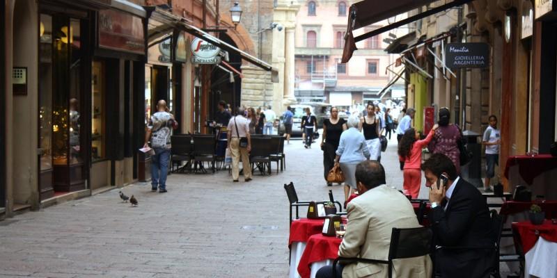 Dove mangiare all'aperto a Bologna