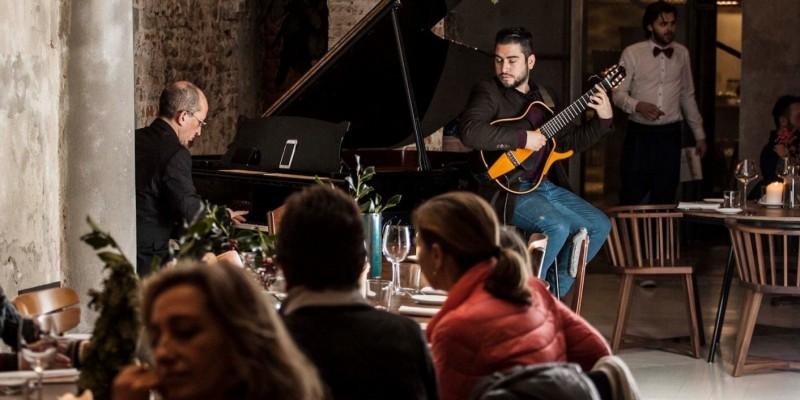 Effetto La la land per la nightlife a Firenze, i locali dove è di moda il piano-bar