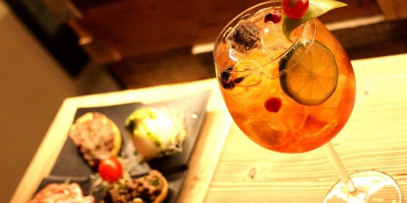 La guida dei locali dove fare aperitivo a Firenze
