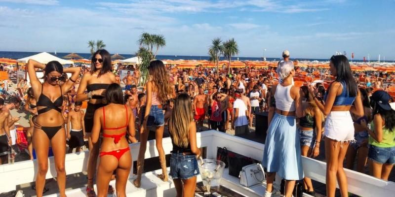 I migliori club sulla spiaggia in Italia